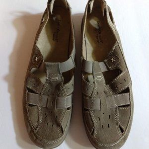 Earth Origins Shoes - Size 10W - Tan - Suede